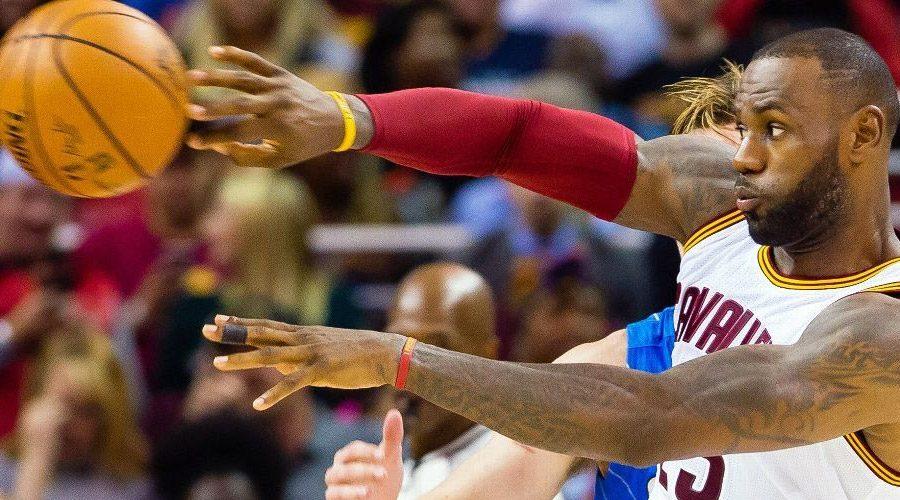 LeBron James basketball pass teamwork